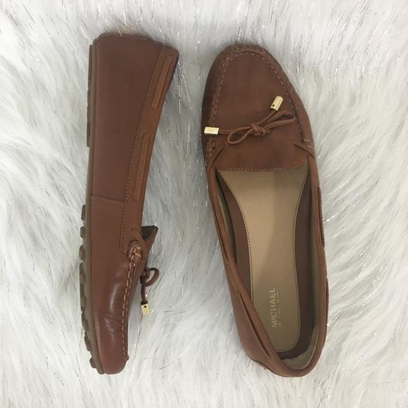 e2befc0a1f0 Michael Kors Daisy Moccasins loafers. M 5b6222499e6b5be36be83035